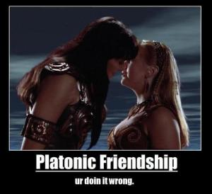 Xena and Gabrielle (Lucy Lawless and Renee O'Connor) - Platonic Friendship (ur doin it wrong)
