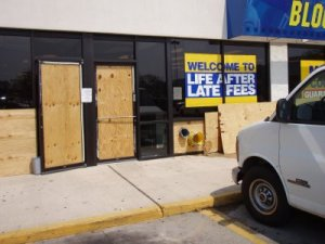 blockbuster boarded up