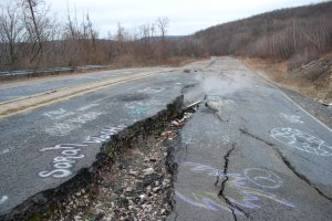 Centralia_Graffiti_Highway_2_by_timid_wolf